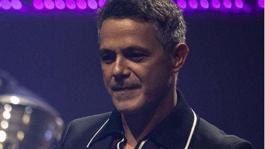 Alejandro Sanz sorprende representando a Europa en la inauguración de los Juegos Olímpicos