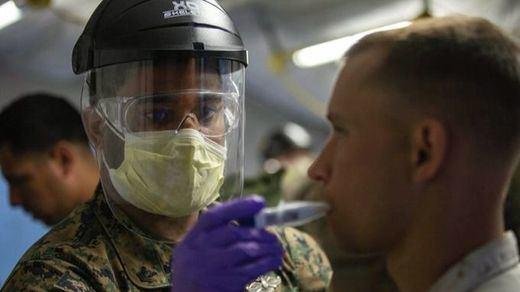 Marcha atrás en EEUU: se vuelve a recomendar el uso de mascarillas incluso a vacunados en lugares cerrados