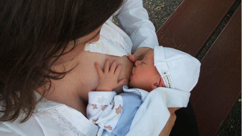 Por qué es recomendable la lactancia materna incluso en casos de infección por covid