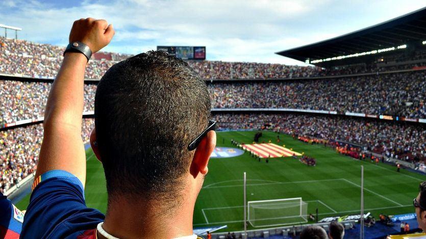 Adiós al bocata y el cigarrillo en los estadios de fútbol: las medidas sanitarias para el regreso a las canchas