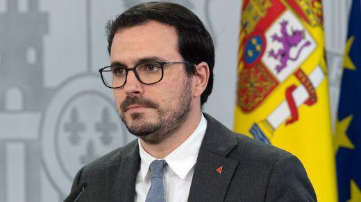 Ataque frontal a Garzón desde el Ministerio de Agricultura: promocionará el consumo de carne
