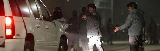 Afganistán, en manos talibanes: Kabul, la capital, a punto de caer en medio de la desbandada general