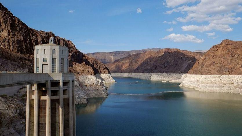 El Gobierno lanza una nueva subasta de renovables para reducir la factura eléctrica