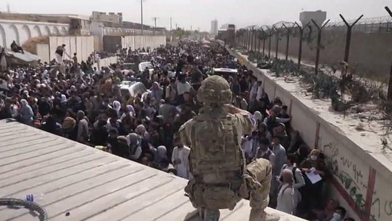 Los talibanes advierten de que habrá 'consecuencias' si EEUU mantiene sus tropas más allá de agosto