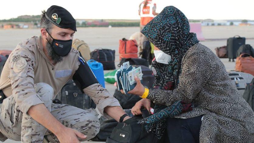Las bases de Rota y Morón acogerán durante 15 días a 4.000 afganos colaboradores de EEUU