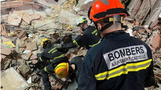 Encuentran sin vida al menor desaparecido tras el derrumbe de un edificio de Peñíscola