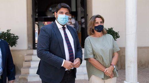 El Gobierno y Murcia acuerdan buscar de manera conjunta soluciones para salvar el Mar Menor