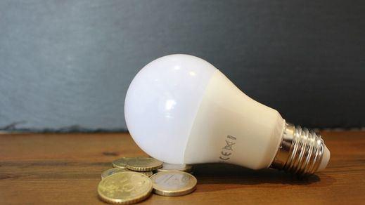 Otro récord histórico en el precio de la luz: el megavatio hora alcanza los 122,76 euros