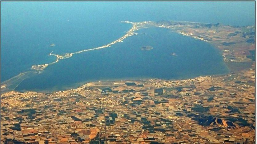 Los geólogos avisan: 'El Mar Menor no se podrá recuperar sin actuar sobre las aguas subterráneas'