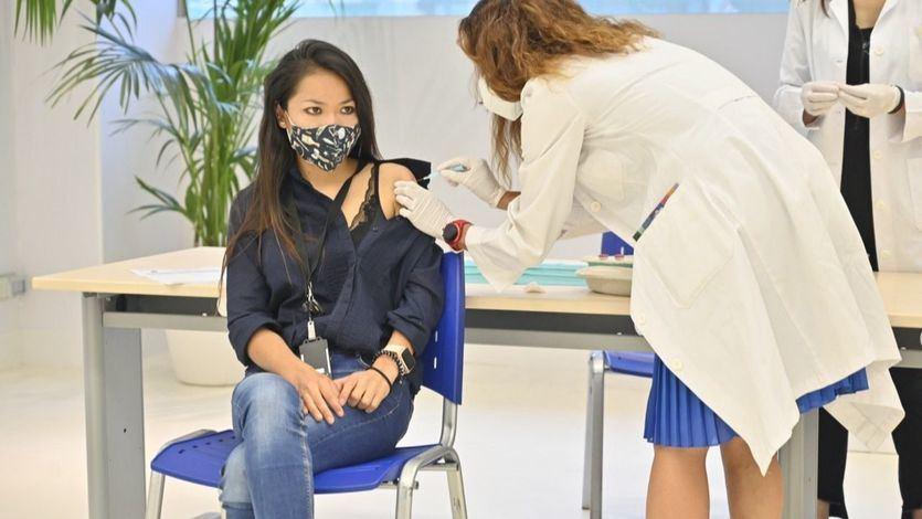 España alcanza el objetivo del 70% de la población vacunada