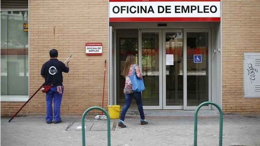 La mayor caída del paro de la historia en un mes de agosto: el desempleo se reduce en 82.583 personas
