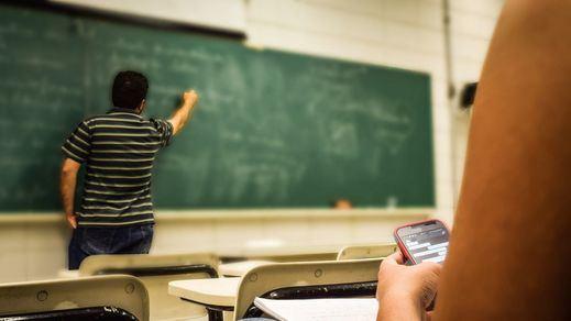 Educación: España, a la cabeza en número de 'ninis' y repetidores en Secundaria