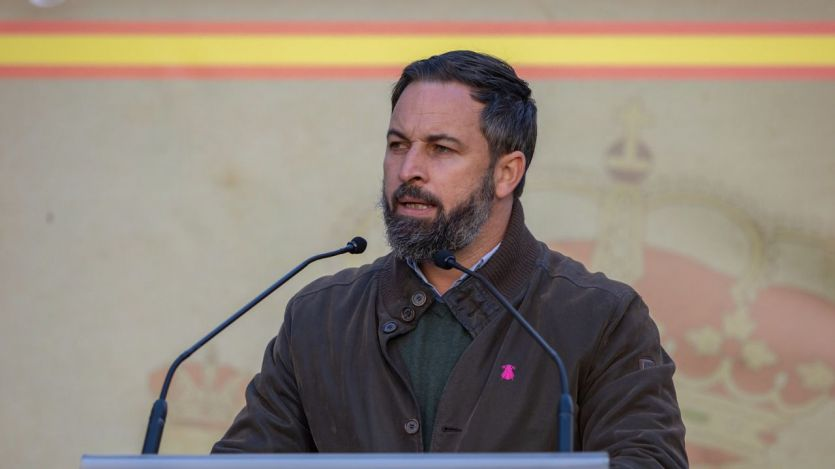 Abascal denuncia en Mondragón la 'complicidad de Sánchez en la permanente exaltación del terrorismo'