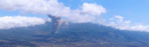 Entra en erupción el volcán Cumbre Vieja en La Palma