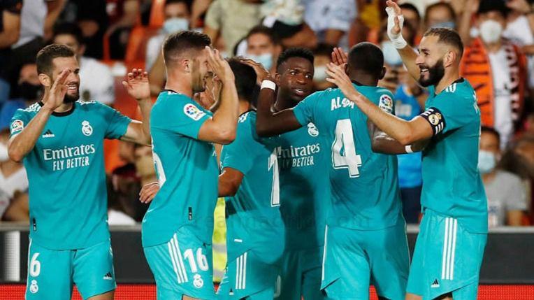 El Real Madrid celebra el segundo tanto