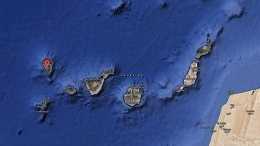 Las autoridades imponen restricciones al espacio aéreo por el volcán de La Palma