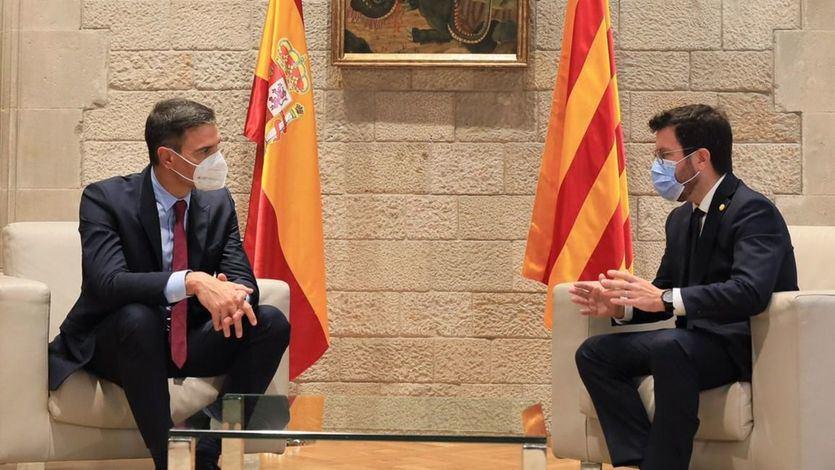 El Gobierno y ERC mantienen su apuesta por el diálogo pese al arresto de Puigdemont
