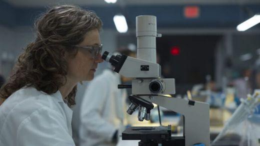 Pfizer prueba una pastilla que previene el contagio por covid en persona expuestas