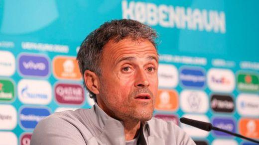 Luis Enrique mantiene el bloque de la Eurocopa y sustituye a los lesionados con debutantes y culés