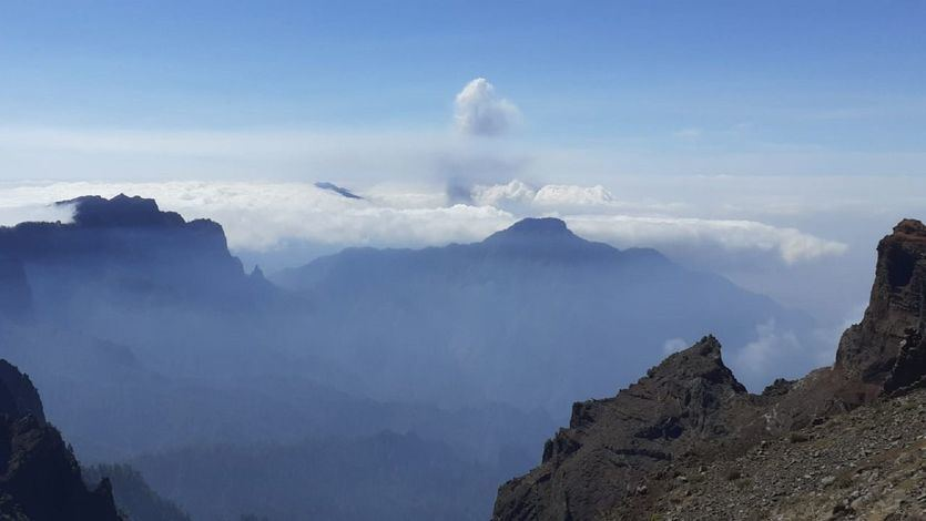 CaixaBank activa nuevas medidas de apoyo para los afectados por la erupción en La Palma