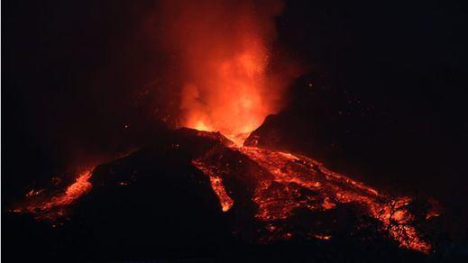 Volcán de La Palma: el cono sufre un derrumbe parcial y surgen nuevas coladas de lava