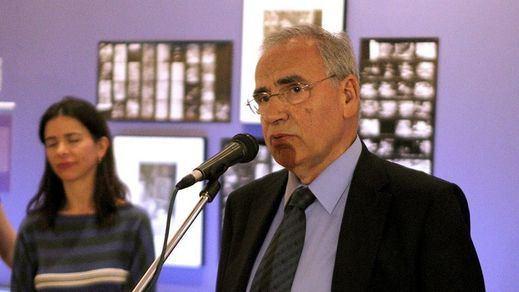 Polémica por las palabras de Alfonso Guerra sobre los abucheos a Sánchez en el desfile militar