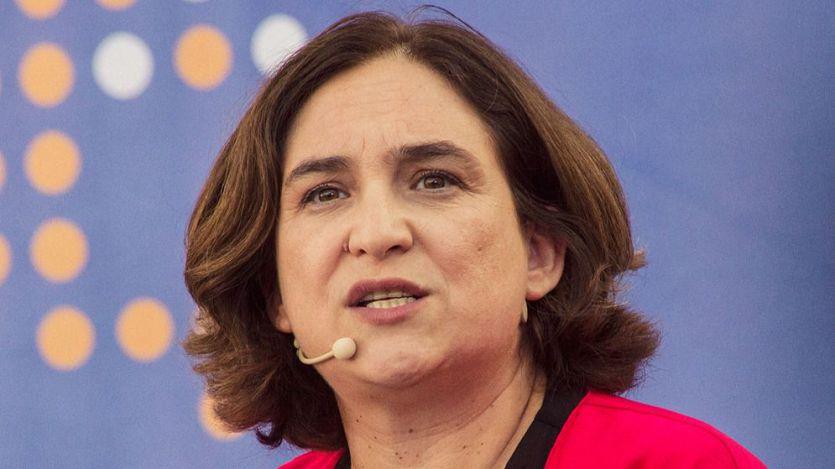 Ada Colau, indignada, se enfrenta a Ayuso por sus palabras sobre los inquilinos