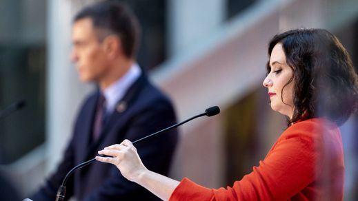 Ayuso, con Sánchez durante su reunión en 2020