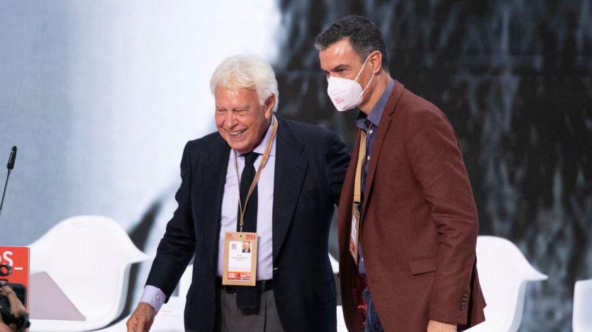 Sánchez y González se hacen la foto de la reconciliación en el 40º Congreso del PSOE