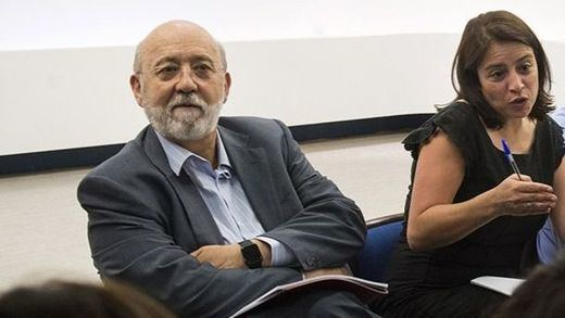 José Félix Tezanos, junto a Lastra en un acto del PSOE