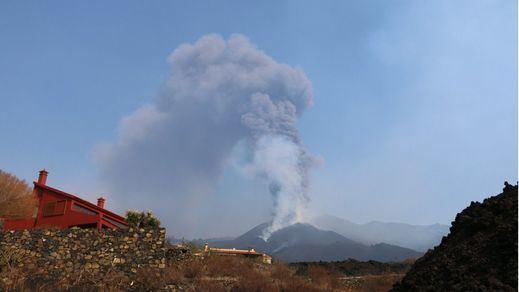 4.600 alumnos vuelven a las aulas en La Palma casi un mes después del inicio de la erupción