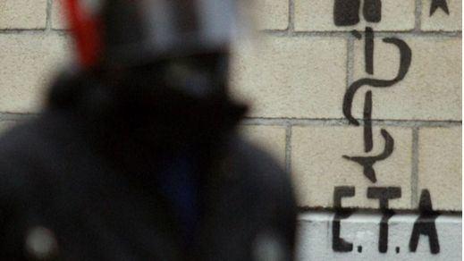 Ex presos de ETA reclaman a la izquierda abertzale que asuma su responsabilidad en los atentados