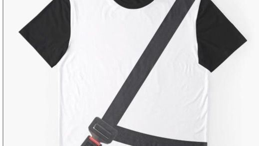 La Guardia Civil advierte del peligro de las 'camisetas antimultas'