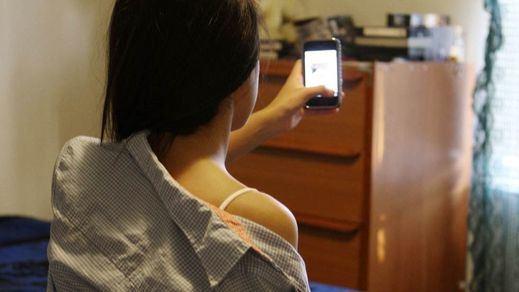 Detenido por subir a internet vídeos eróticos de mujeres con las que mantuvo sexo virtual