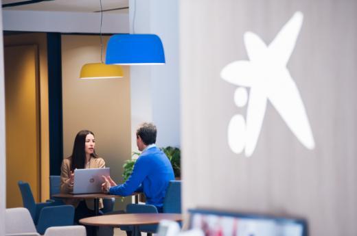 CaixaBank, reconocida por su liderazgo en su apoyo a las empresas durante la crisis de la Covid-19 por Global Finance