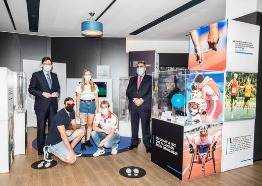Goirigolzarri se reúne con una representación de los deportistas que competirán en los Juegos Paralímpicos