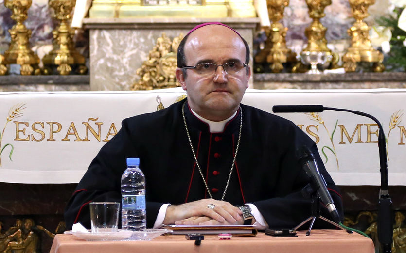 El obispo de San Sebastián cree que 'el demonio ha metido un gol' al feminismo