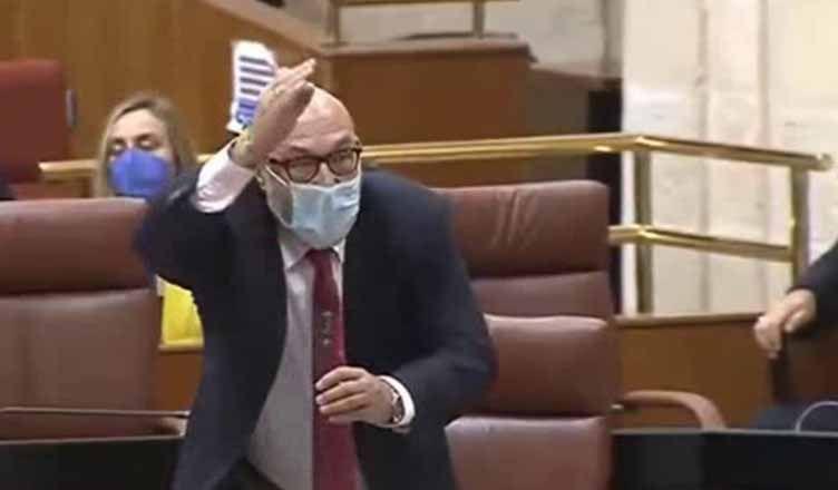 El grave incidente de Vox en el Parlamento andaluz del que todos hablan (vídeo)