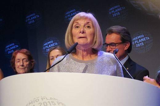 Alicia Giménez Bartlett, Premio Planeta con la novela 'Hombres desnudos'