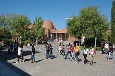 Denuncian una pérdida de alumnos del 45% en la UCLM en los últimos cuatro años