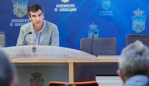 Page se reunirá con el alcalde de Guadalajara este miércoles