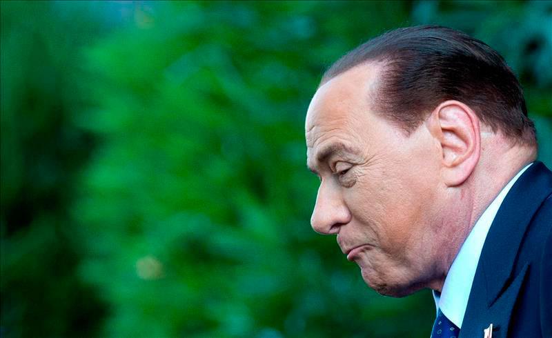 Berlusconi, condenado a tres años de cárcel por el caso de soborno a senador
