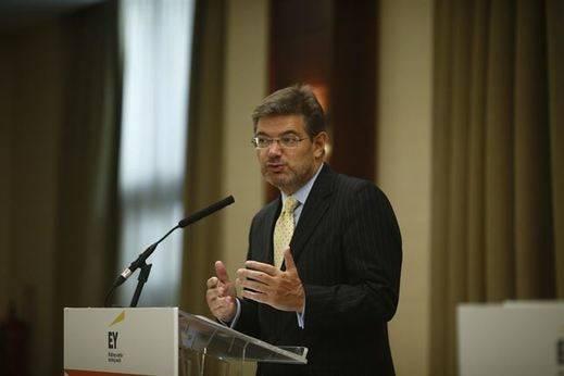 Catalá rechaza los insultos del alcalde de Villares del Saz: