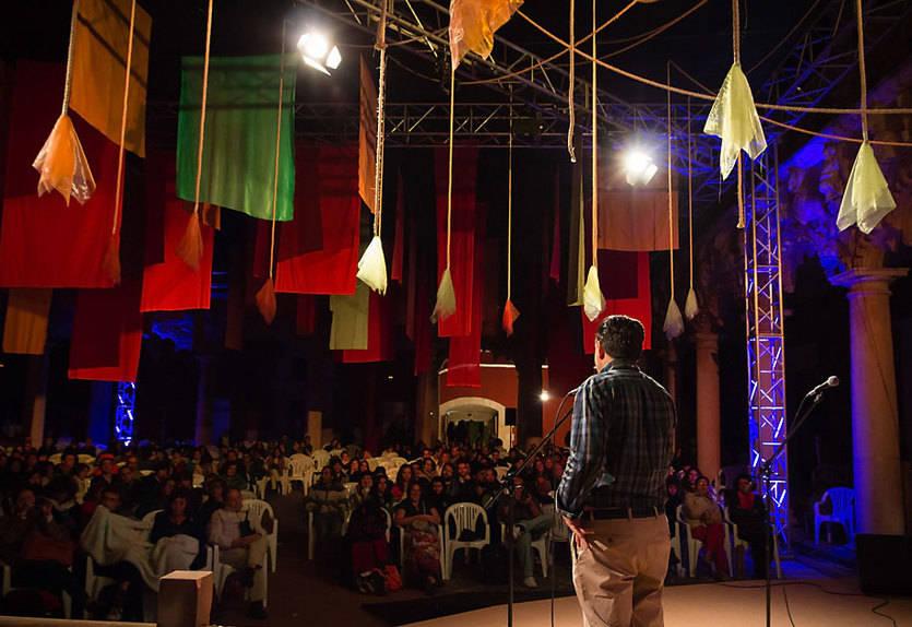 Abre una exposición con las mejores fotos del Maratón de Cuentos de Guadalajara