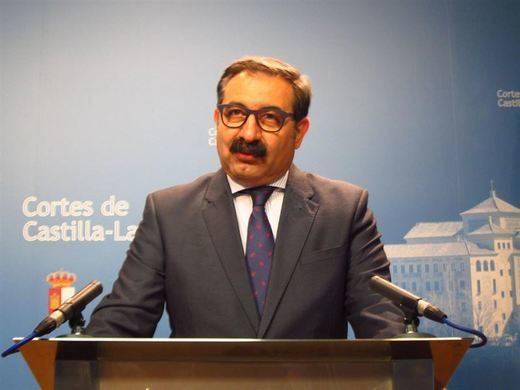 La Junta explicará a los ciudadanos la anulación del convenio sanitario con Madrid