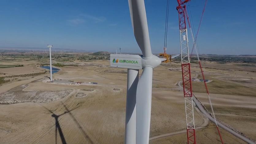 Iberdrola suministrará energía 100% renovable a largo plazo a Vodafone en España