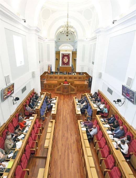El PP-CLM vota en contra de tramitar medidas para la garantía de los servicios públicos