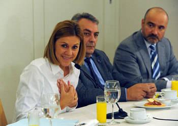 Cospedal cree que el PP ganará las elecciones 'en España y en Castilla-La Mancha'
