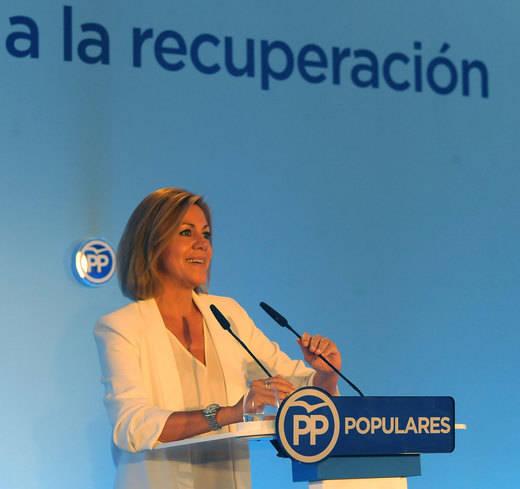 Cospedal ejerce de secretaria general y llama a la unidad para evitar el desastre electoral