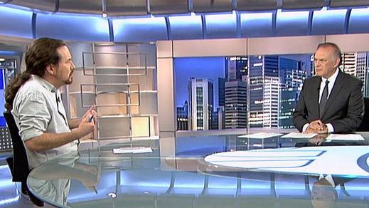 Pablo Iglesias reprocha a Telecinco ser propiedad de Berlusconi, un